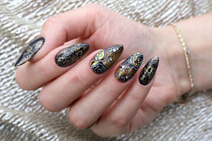 Nails with gleam – contest results
