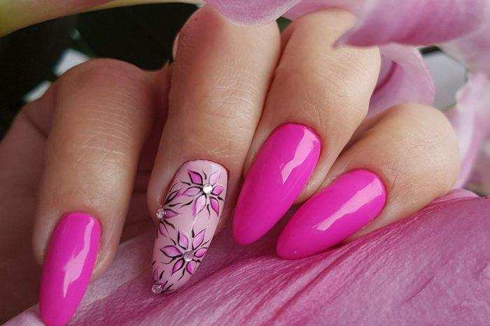 Różówa fascynacja - Małgorzata Rykowska