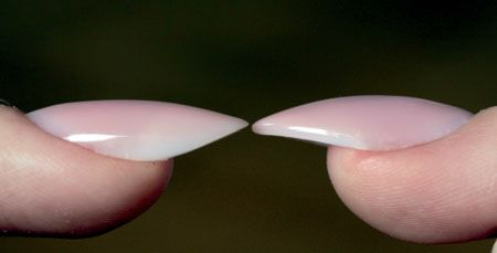 Boczne krawędzie stylizowanych paznokci - Dorota Zawisza